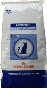 Royal Canin Neutered Satiety Balance